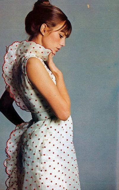 Jane Birkin in polka dots and scalloped edges