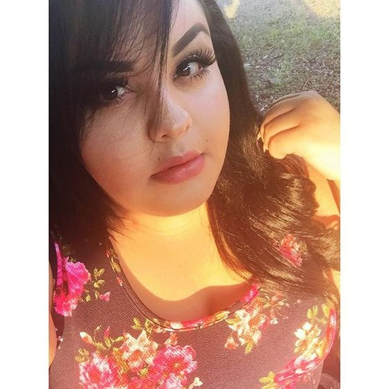 when the sun hits you and you bout it -@mermaidgypsy_k #selfie #imissyou