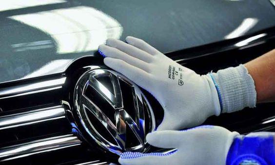 La automotriz alemana será sancionada en caso de que haya violado la Ley Federal de Protección al Consumidor.