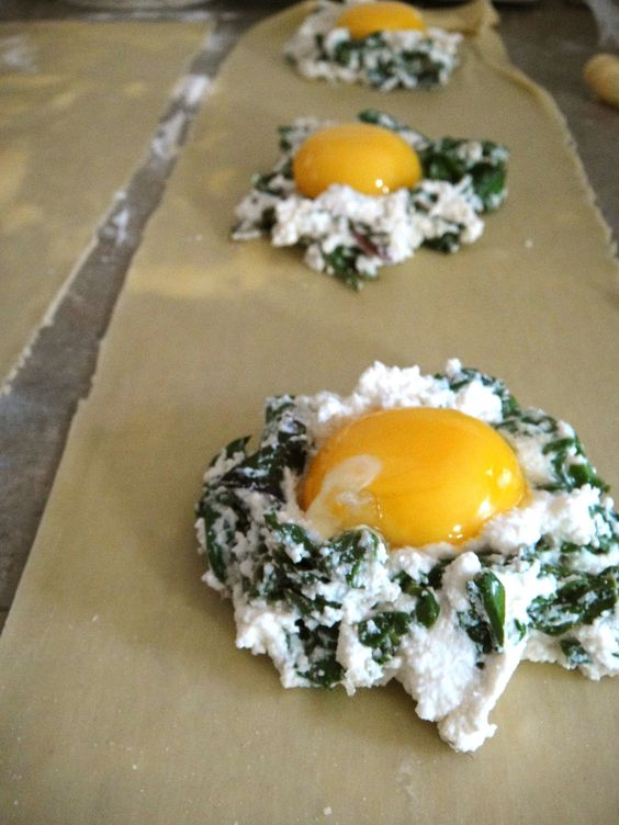 poached egg ravioli- one day i will try this!