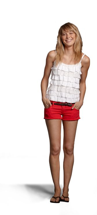 Hollister Look Party on the Pier with:  Woods Cove Top in White  Cardiff Shorts in Destroyed Light Red