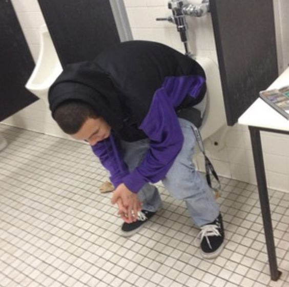 Swimming Pool Urinal : Urinal humor pics pinterest