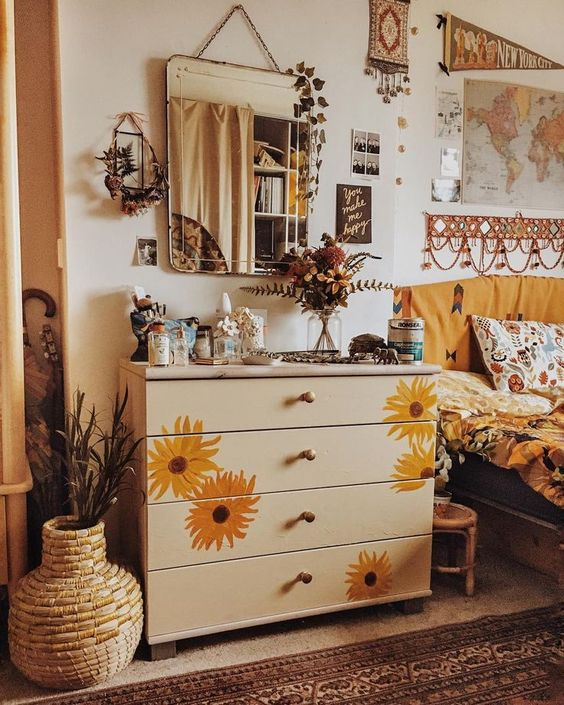 """Daisy 💛 on Instagram: """"one I of the things I love to doing at this time of year, especially when it's a rainy day, is change my room around by doing some diy or…""""- prettiest boho vibes"""