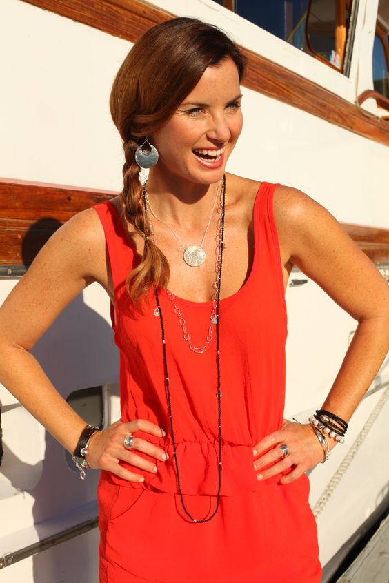 Going for a playful day look? A side braided pony with big earrings will do the trick! #WomensFashion