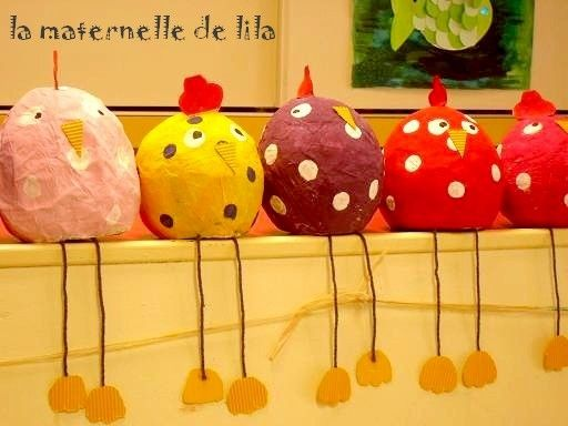 Galinhas em: http://lamaternelledelila.over-blog.com/article-des-poulettes-en-papier-mache-64927684.html poulette-2.jpg