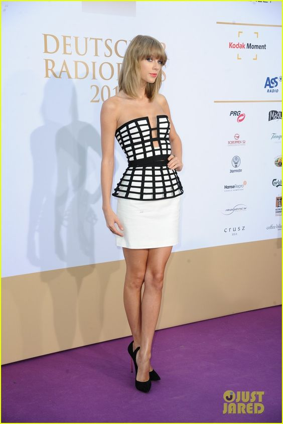 taylor swift charli xcx deutscher radiopreis 20 Taylor Swift turns heads on the red carpet for the 2014 Deutscher Radiopreis held at Schuppen 52 on Thursday night (September 4) in Hamburg, Germany.    The 24-year-old…