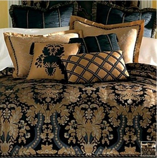 New classic royal black gold luxurious comforter set king for Blue and gold bathroom sets