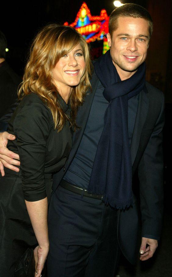 21 Celebrity Couples W...