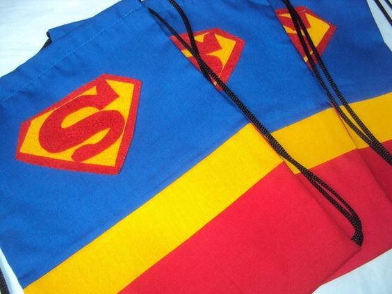 Lembrancinha mochila super homem