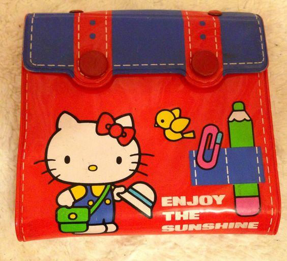 1976 hello kitty vintage wallet