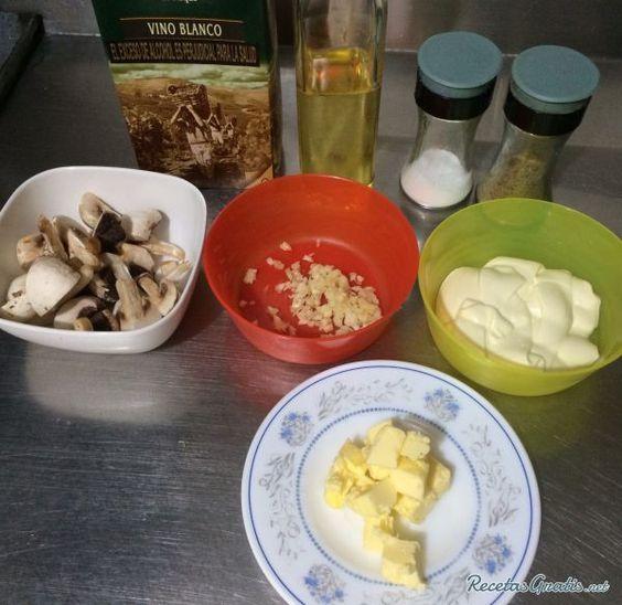 Receta de Champiñones en salsa de vino blanco - 7 pasos