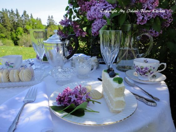 Lady Lilac Afternoon Tea