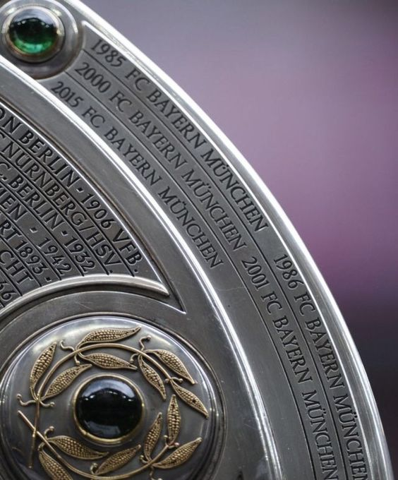 FC Bayern München's 25th Bundeliga title. #MiaSanChampions