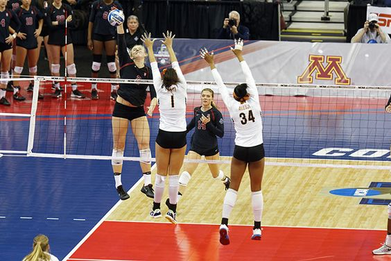 Video Chat With Ncaa Volleyball Star And Stanford Cardinal Sophomore Kathryn Plummer On The Transition To New Coach Kevin Stanford Cardinal Volleyball Plummer