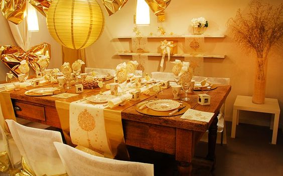 Les 5 plus belles d corations de table de no l 2015 for Decor table de noel