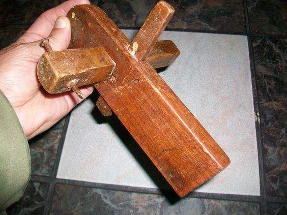 herramientas de carpinteria antiguas - Buscar con Google                                                                                                                                                     Más