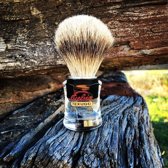 Semogue 730HD tough as nails, built to last #shave #shavebrush #semogue #semogue730HD #silvertip #badger #portugal #oldschool #lithgow #shoplithgow #traditionalwetshaving #shavelikeaman #retro #bluemountains #littlehartley #thestraywhisker #texugo #excelsior #lather #latherup