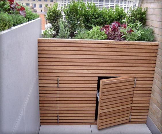 Sichtschutz Garten hoher Holzzaun bauen Ideen Pflege