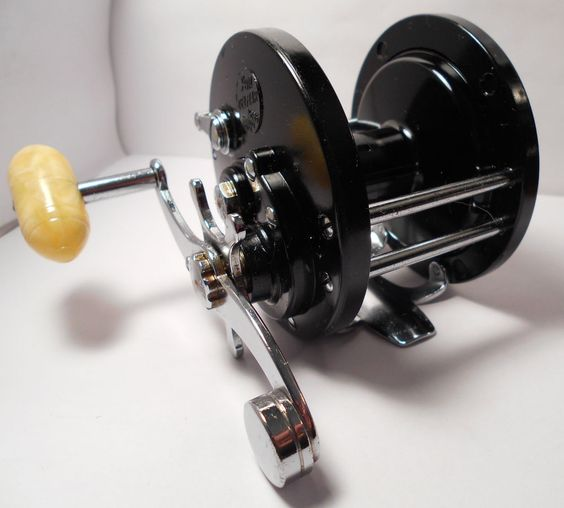 Vintage penn delmar no 285 saltwater conventional fishing for Penn deep sea fishing reels