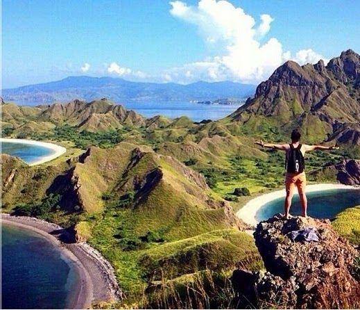 Wow 30 Pemandangan Indah Ntt Nikmati Pemandangan Indah Dari Atas Bukit Pulau Padar Ntt Download 15 Tempat Wisata Di Ntt Yang T Di 2020 Pemandangan Pantai Pariwisata