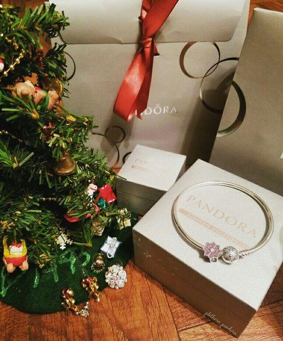 Pandora Christmas
