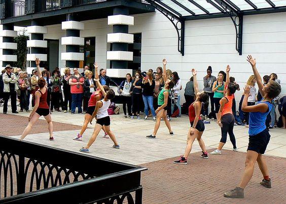 La danse dans les rues d'Arcachon - Festival Cadences 2013