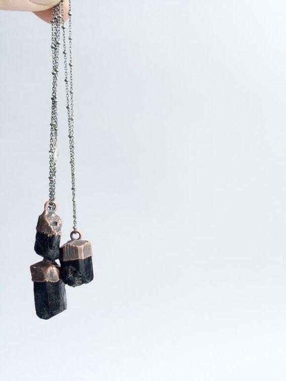 Rohe+Turmalin+Halskette++Schwarzer+Turmalin+Kristall+von+HAWKHOUSE