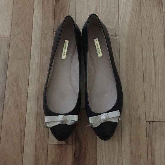 New Louise et Cie Black Flats Worn once! Comfortable, cute & sweet. Perfect for work or meeting his parents! Off white leather bow make these flats stand out! Louise et Cie Shoes Flats & Loafers