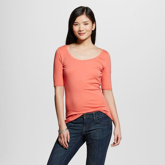 Women's Ultimate Elbow-Sleeve Scoop Tee
