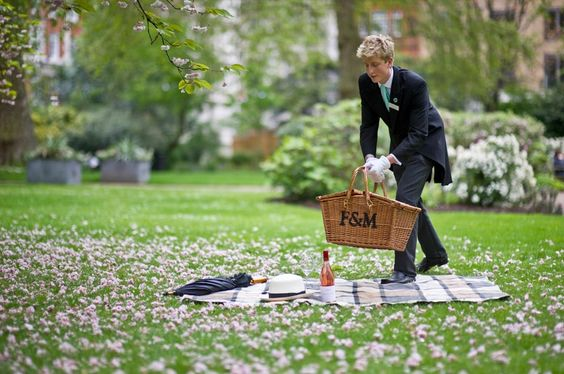Fortnum and Mason picnic: