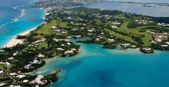 Grand Cayman, che occupa l'isola più grande del territorio britannico delle Isole Cayman,