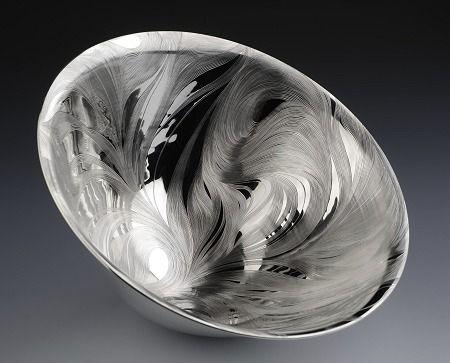 Nan Nan Liu, Engraved silver bowl: