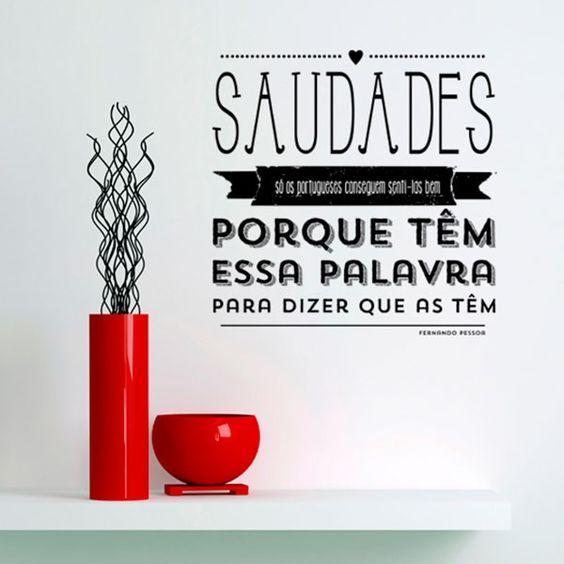 Vinil Autocolante com frase de Fernando Pessoa.