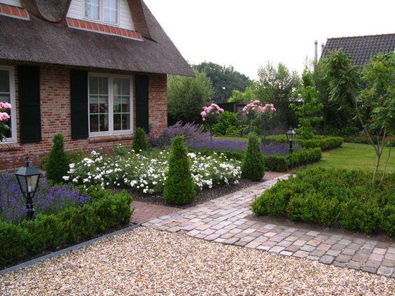 Sierbestrating landelijk huis google zoeken tuin pinterest gardens met and doors - Landscaping modern huis ...
