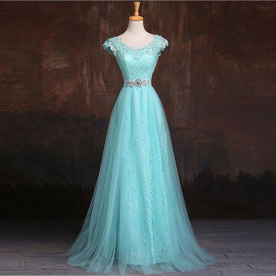 Lindo modelo de vestido de festa azul!