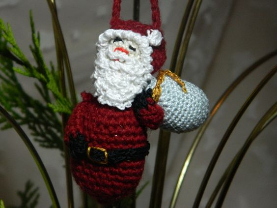 Christmas Tree Decoration - Santa with sack.  XD44 by HeritageBabyCrafts on Etsy