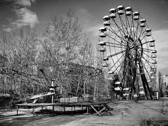༺♥༻Loved, then left ༺♥༻. Pripyat, the abandoned city built to house workers of Chernobyl.  •♥•✿ڿڰۣ(̆̃̃•Aussiegirl