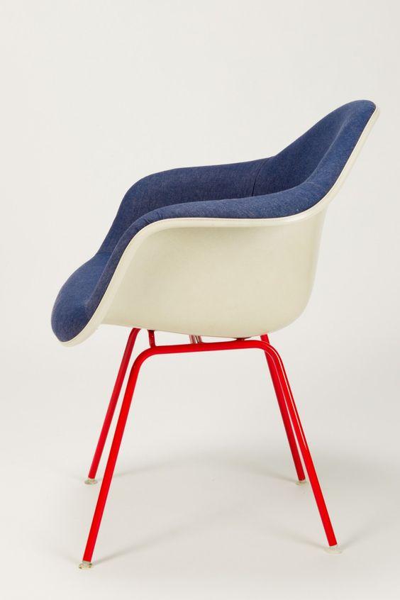 Rot Weiß Blau, Möbel and Eames on Pinterest