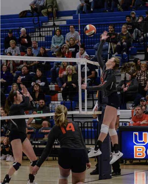Pin By Deborah On Life In Volleyball With Kim Mathes Moore Fun Sports Volleyball Sports