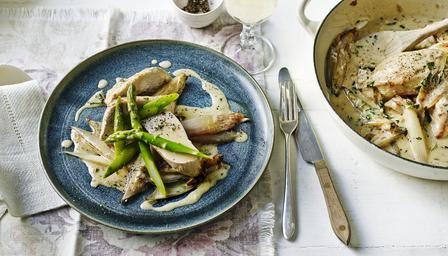 BBC - Food - Recipes : Chicken with asparagus and lemon crème fraîche sauce