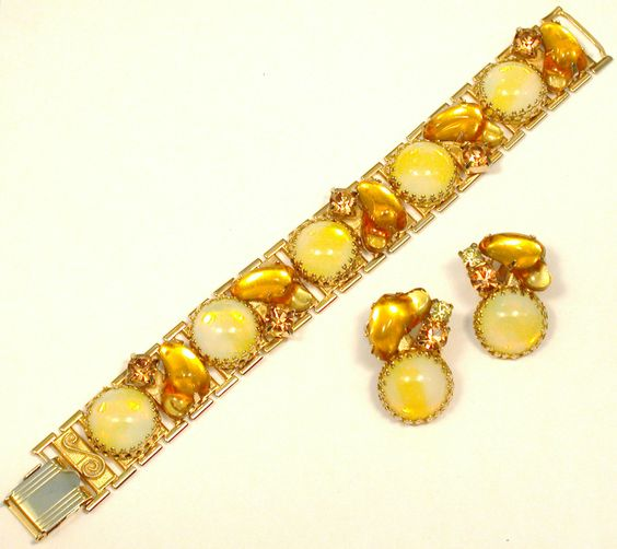 Yellow bracelet and earrings set.
