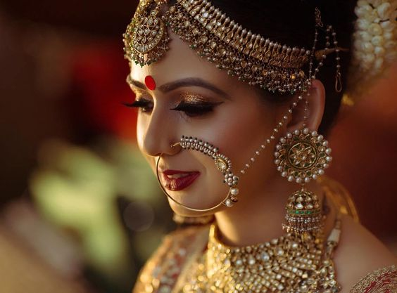 Bridal nose ring ideas | Indian Bridal Jewellery- Nath | Indian brides | naths | instagram |stunning brides | Indian wedding inspiration | by wittyvows | cupcake productions |arnav and samridhi