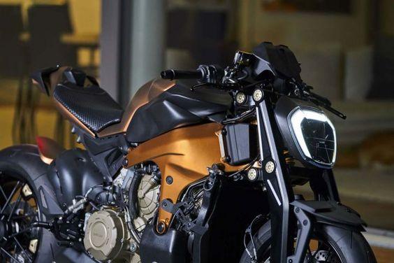 موتورسیکلت Ducati V4 Penta
