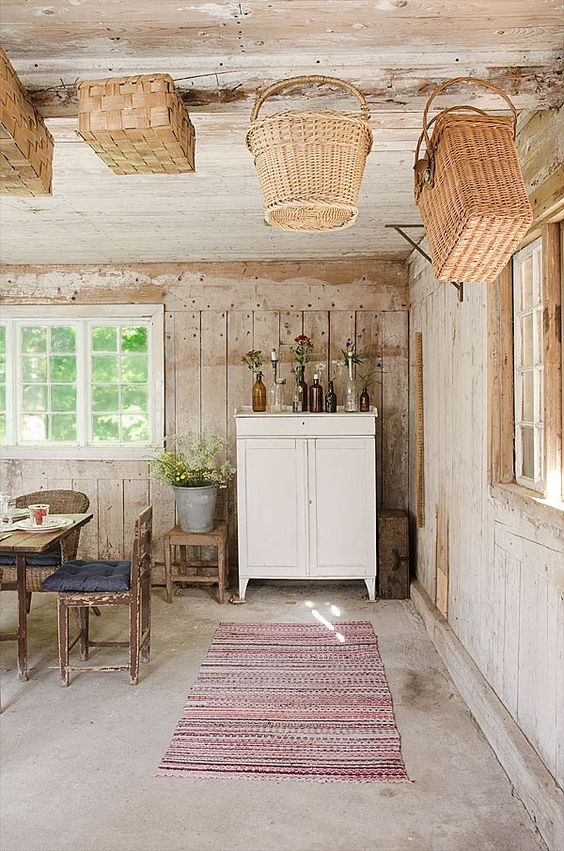 Simple Swedish decor...