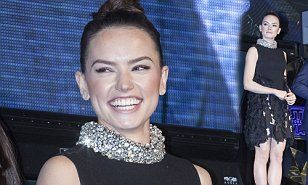 Daisy Ridley glams up in ruffled mini dress for Star Wars: The Force Awakens fan event | Daily Mail Online