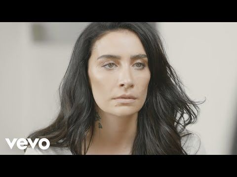 Sila Yabanci Official Music Video Download Sozmuzik Org Youtube Videos Music Music Videos Music Video Downloads