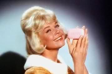 Beverly Boyer (Doris Day)  sells soap in The Thrill of it All. Love it.: