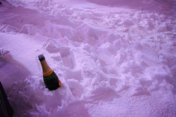champagne in the snow : http://babesngents.com/blogs/news/18211045-lifestyle-pics-1 // #babesngents