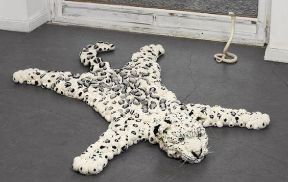 Pompom-Wollteppiche-schneeleopard-myk-bommel-kollektion.jpg (600 ...