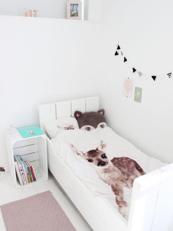 Binnenkijken in interieur. Kinderkamer. In Esmee haar kamer hebben we ...